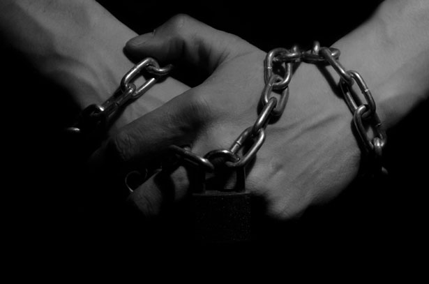 hands-in-chains